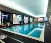 illuminated-stretched-ceiling-hotel-swimming-pool